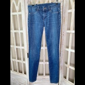 Blank NYC skinny Jeans medium wash size